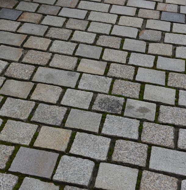 Nettoyer Le Sol Du Garage La Terrasse Les Paves Et Allees